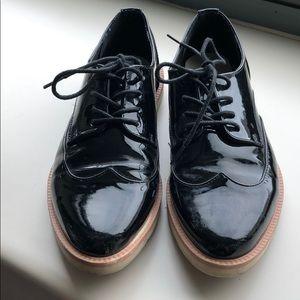 Women's patent black leather oxfords